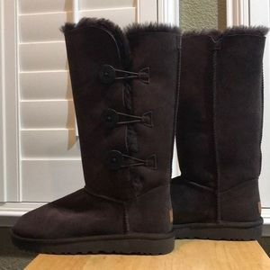 UGG Bailey Button Triplet II Boots - Chocolate
